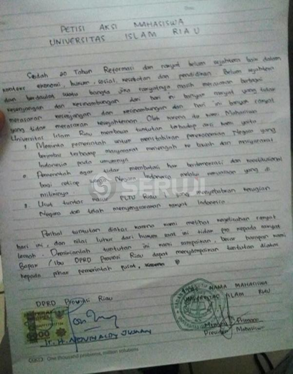Petisi mahasiswa UIR
